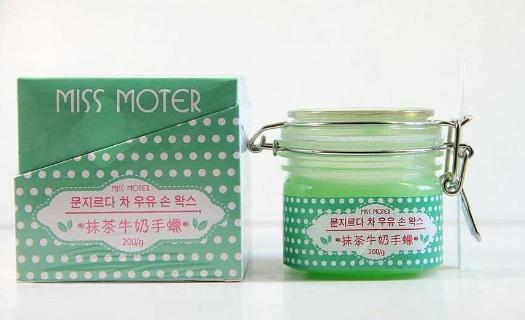 Hilangkan Belang di Tangan dengan Miss Moter Matcha and Milk Wax