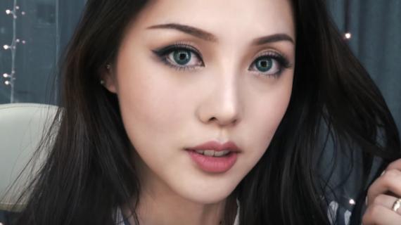 11 Urutan Make Up untuk Kulit Berminyak demi Tampilan Flawless dan Natural
