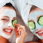 5 Bahan Alami Untuk Memutihkan Kulit Wajah Dengan Masker Buah Menyegarkan