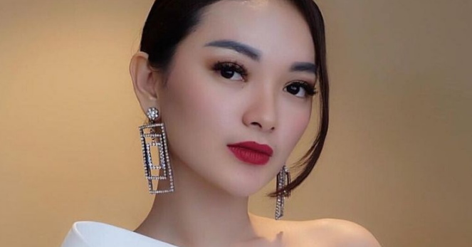 bulu mata palsu artis Indonesia