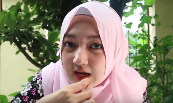cara alami buat bibir merah
