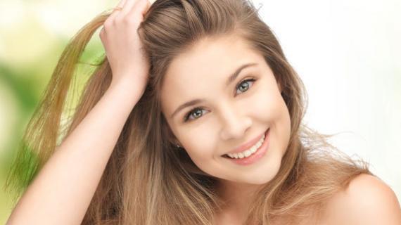 5 Cara Melembutkan Rambut yang Kasar Secara Natural
