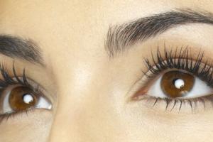 cara membuat bulu mata lebat