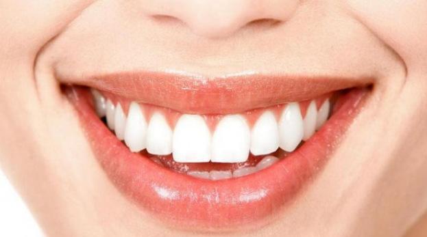Cara Memutihkan Gigi Dengan Cuka Apel Yang Ampuh