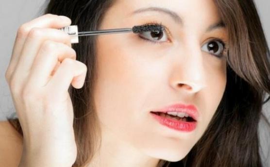 Perlengkapan Make Up Untuk Pemula