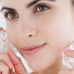 Mengecilkan Pori Pori Wajah Dengan Es Batu, Memangnya Bisa ?