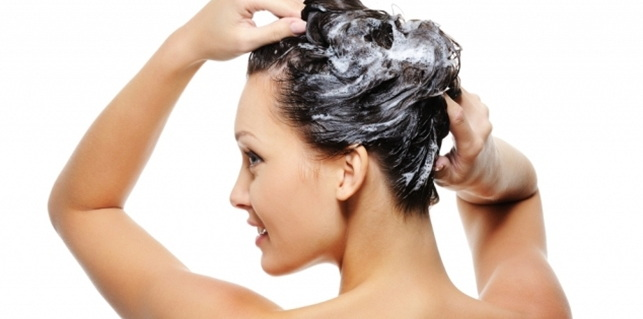 minyak zaitun untuk rambut kering