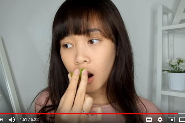 tips menghilangkan bibir hitam