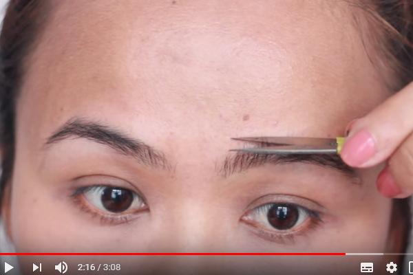 video cara mencukur alis yang benar